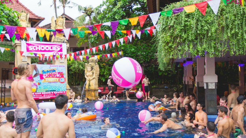 Bali-Blog-Pool-Party-at-Bounty-Hotel.jpg