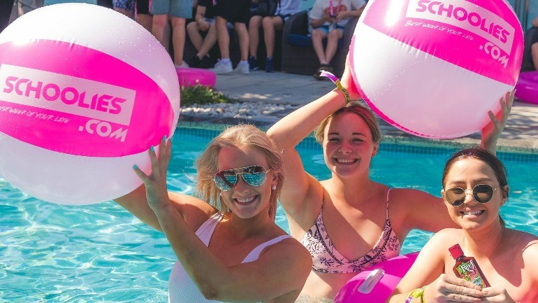 Byron-Bay-Pool-Party-(1).jpg