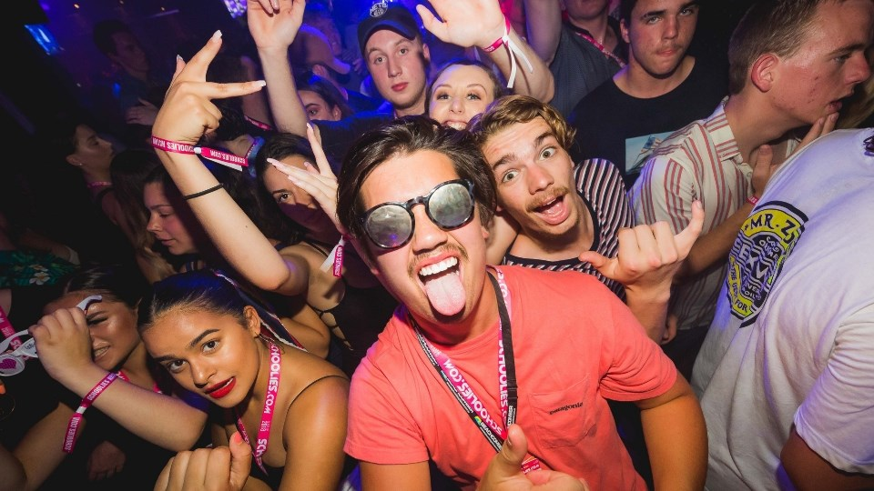 GOld-COast-Schoolies-Party-Boys.jpg
