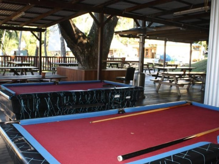 Nomads Airlie Beach - Pool Table
