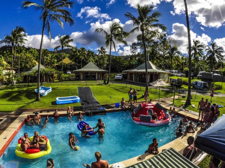 Nomads Airlie Beach - Pool