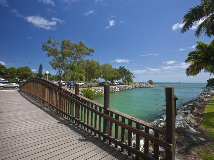 Whitsunday Vista Resort - Lagoon