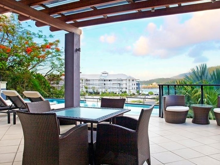 Waterfront Whitsunday Retreat - Outdoor Area