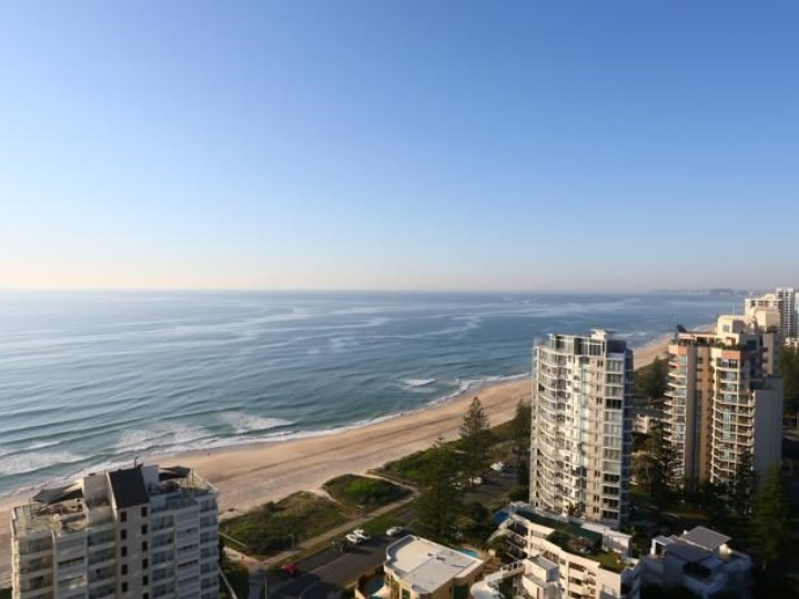 Biarritz Apartments - Beach View