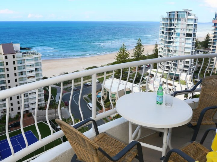 Biarritz Apartment - Balcony View