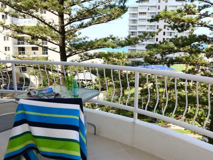 Biarritz Apartments - Balcony View