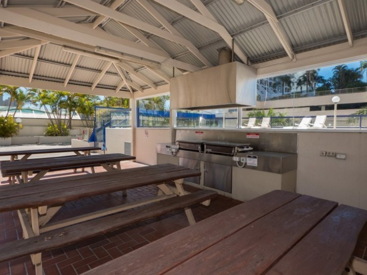 Centrepoint Resort - BBQ Facilities