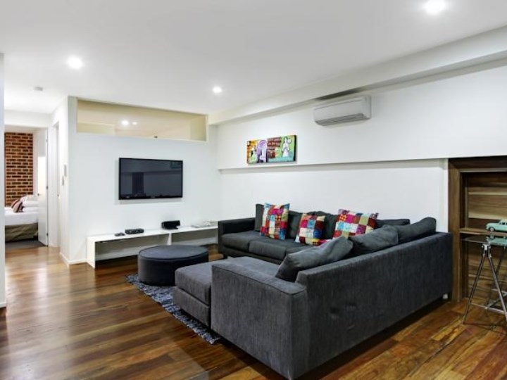The Butter Factory - Living Area
