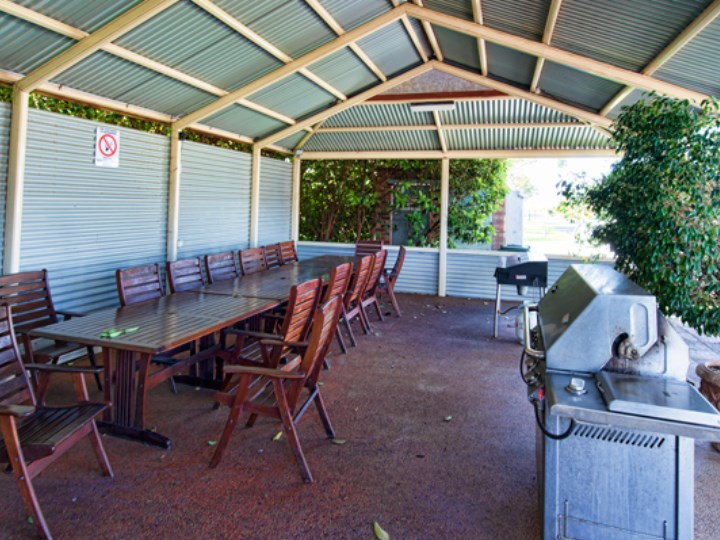 Busselton Holiday Village - BBQ Facilities
