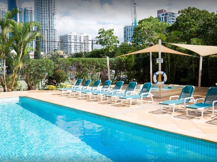 Breakfree Beachpoint - Outdoor Pool Area