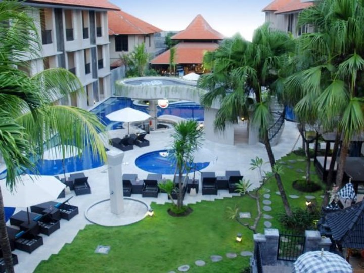 Grand Barong Resort Including Flights