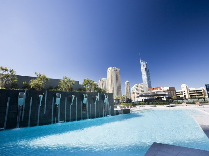 Mantra Circle on Cavill - Pool Area
