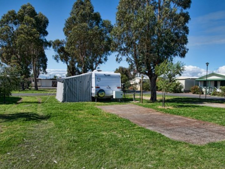 Busselton Holiday Village Camping, Dunsborough Leavers