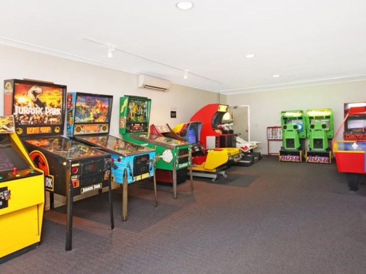 Alpha Sovereign Hotel - Games Room