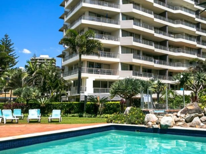 Surfers Beachside Holiday Apartments - Pool and Building