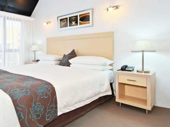 Broadbeach Travel Inn - Bedroom