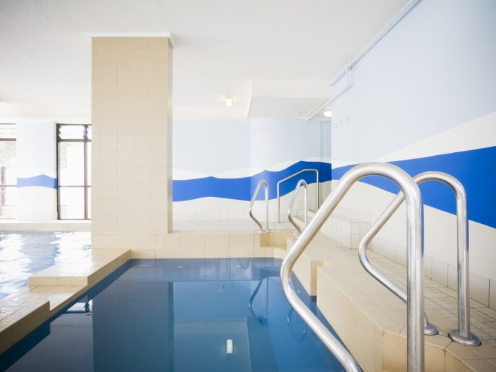 Breakfree Imperial Surf - Indoor Pool