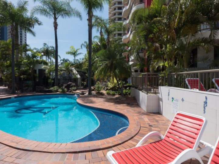 Alexander Holiday Apartments - Poolside Lounges