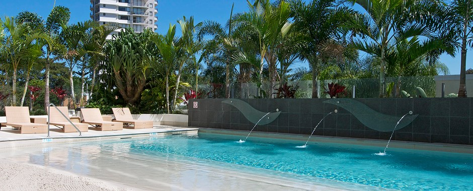 Schoolies Gold Coast Wyndham Surfers Paradise Resort Accommodation Availability