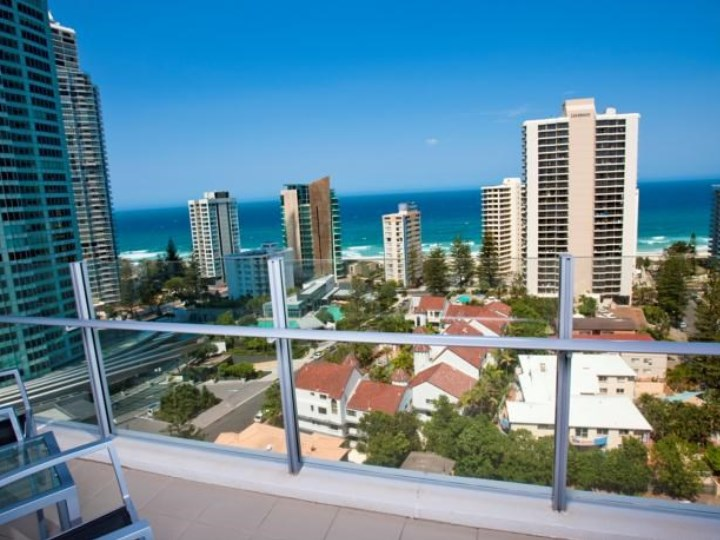 Wyndham Surfers Paradise Resort - Balcony View