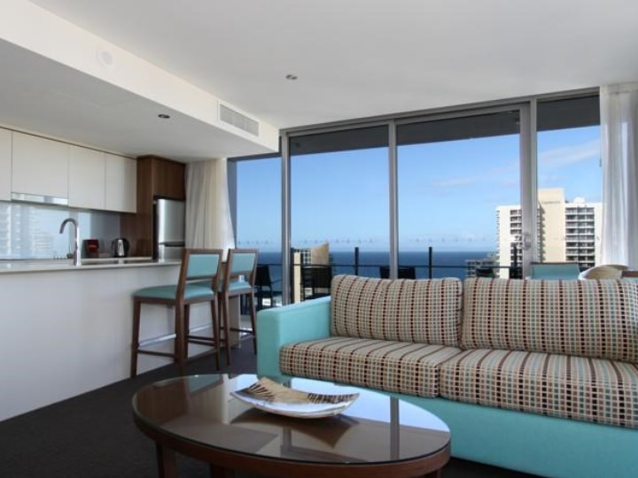 Wyndham Surfer Paradise Resort - Living Area