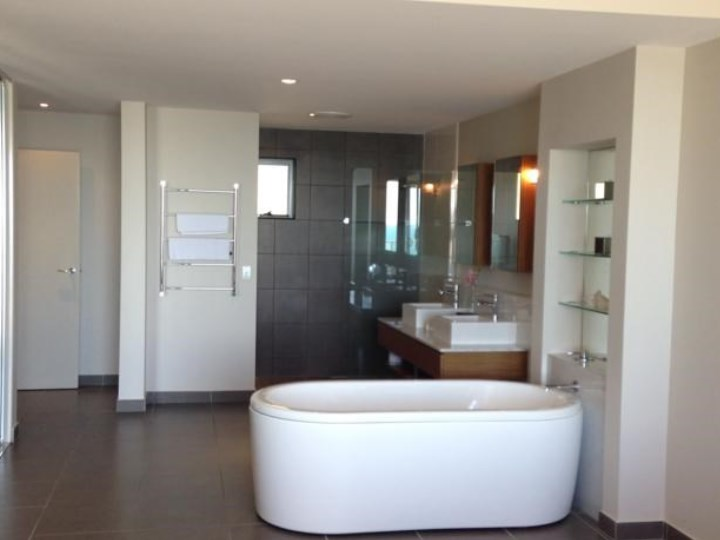 Whitsunday Reflections - Bathroom